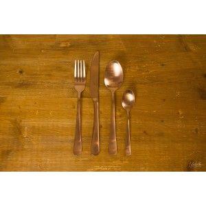 Fourchette de table cuivrée